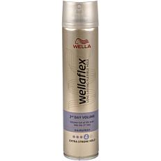 Spray μαλλιών WELLAFLEX για όγκο πολύ δυνατό κράτημα (250ml)